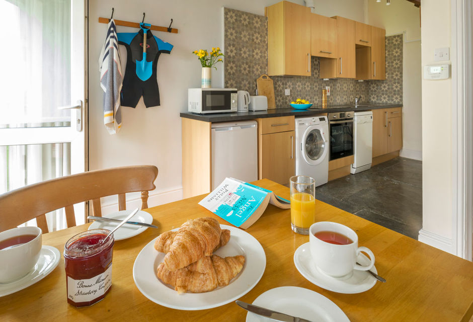 Thrift Holiday Cottage (1 bedroom, sleeps 2)