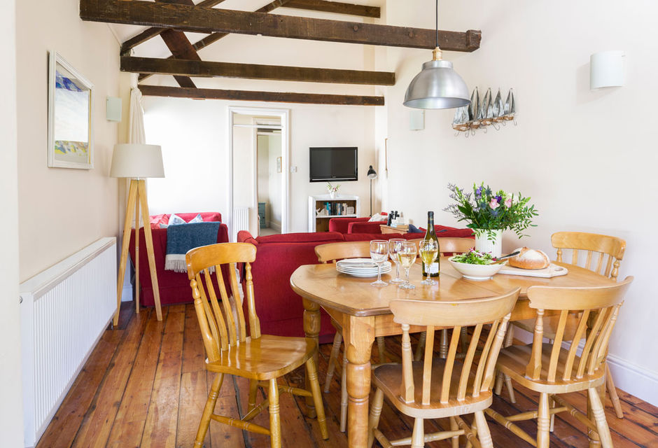Rashleigh Cottage (3 bedrooms, sleeps 6)